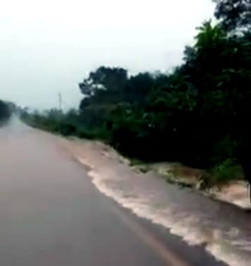 Trecho inundado durante chuvas. Foto facebook